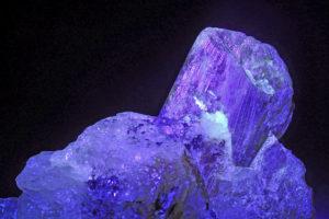 Камень александрит свойства